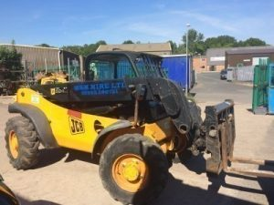 forklift-and-telehandler-hire